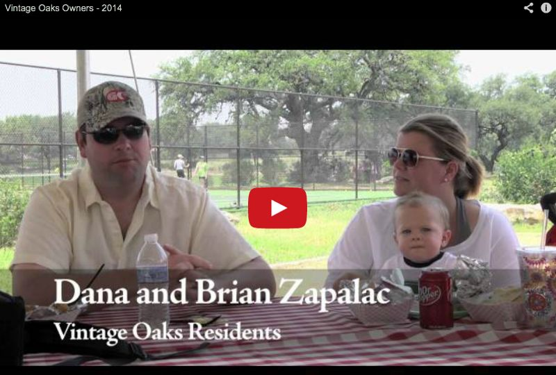 Vintage_Oaks_Residents