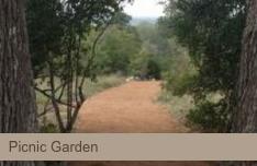 picnic garden at vintage oaks