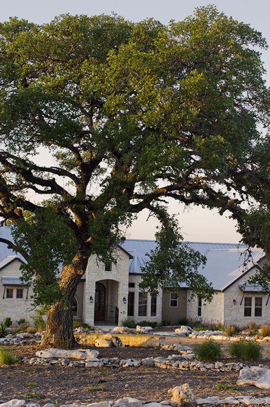 Vintage_Oaks_Custom_Home_tin_roof
