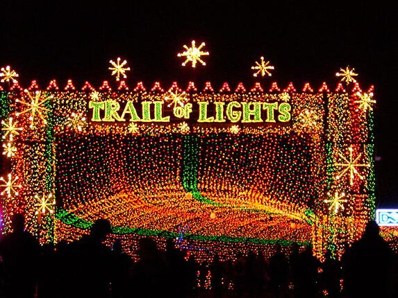 Hill-Country-Events-Austin-Trail-of-lights