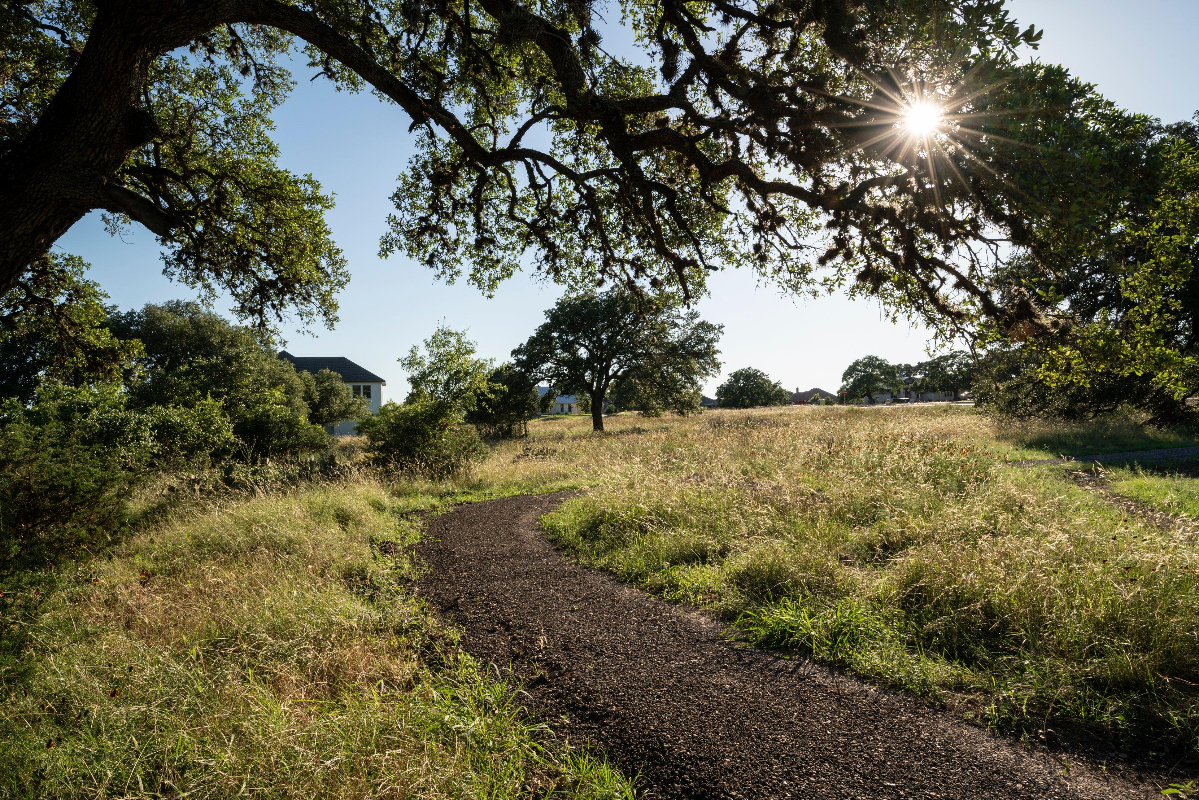 East Ranch Loop Walking Trail at Vintage Oaks (2)
