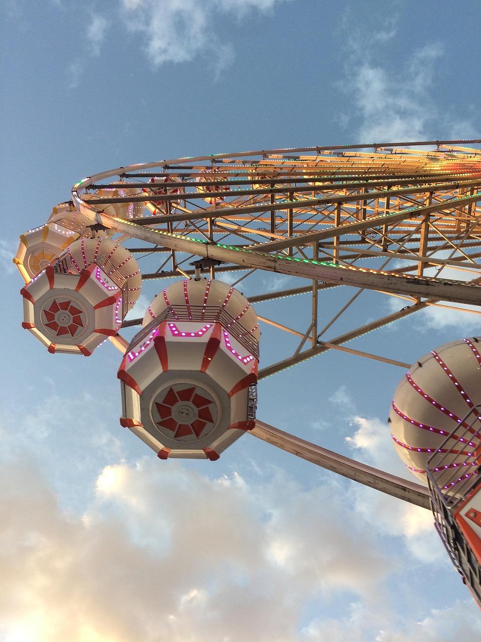 fair-4003075_1280