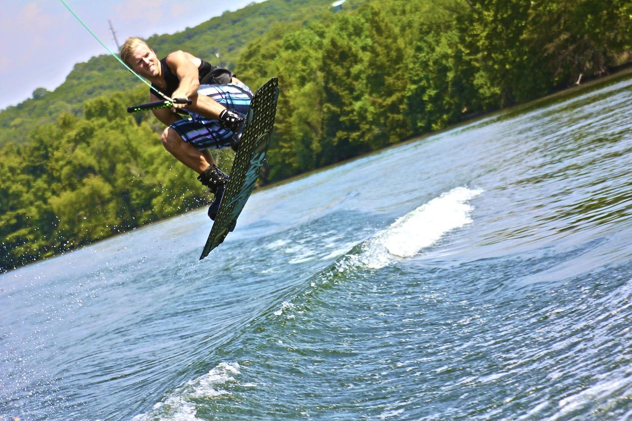 wakeboard-264907_1280